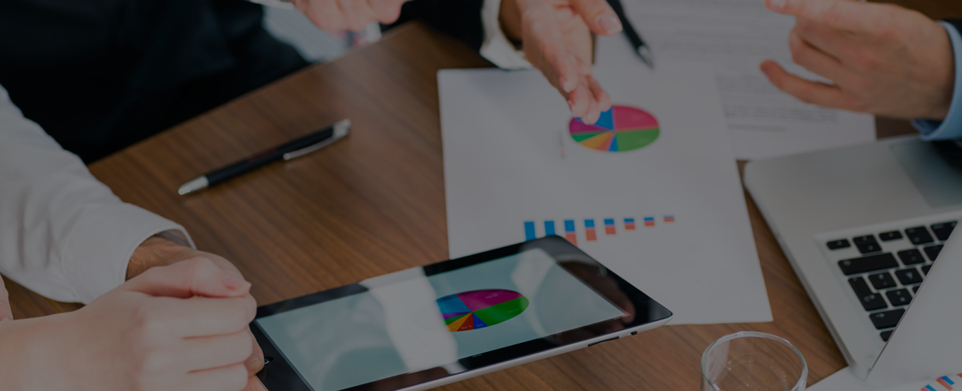 SIMPLIFYING  BUSINESS ANALYTICS  FOR COMPLEX DATA